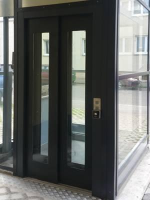 tbo_TBO-Aufzugstüren