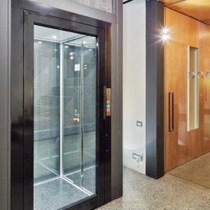 TBO Aufzug-DomusLift-Büro Gebäude (1)